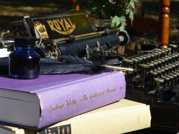 typewriter_books